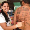 Brasilianer verkauft sich als lebendige Werbetafel