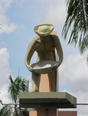 Garimpeiro - Monument in Boa Vista