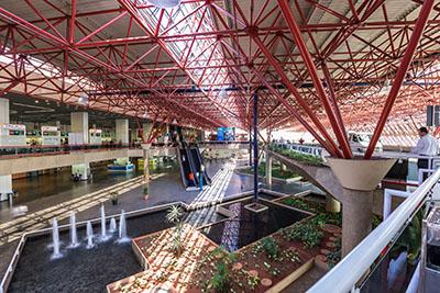 Brasília (DF)_Juscelino Kubitschek-Airport by Embratur