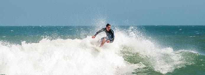 strände-süden-praia da joaquina-surfer_4191
