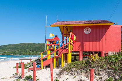 1-1strände-osten-praia da barra da lagoa-bombeiros_4251