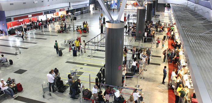Erschreckende Studie: der Aiport von Recife ist der einzige passable Flughafen in Brasilien.
