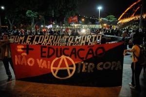914794-protesto_copa