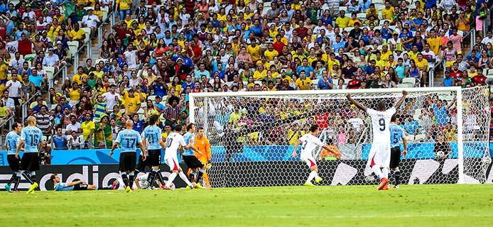 Danilo Borges-Portal da Copa-jogo_uruguai_costarica_7