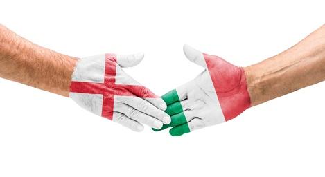 Handshake England und Italien