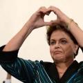 Präsidentin Dilma Rousseff schickt Briefe an Neymar und an die brasilianische Manschaft