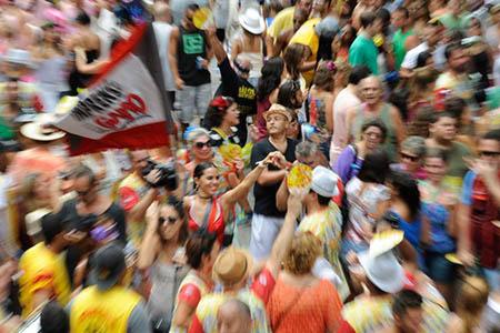904136-carnaval-bloco0253