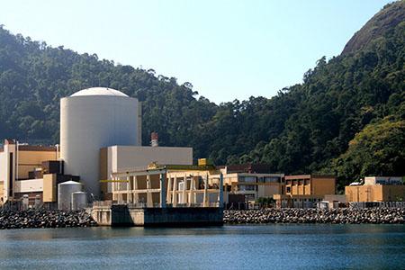 angra1_brasilantinuclear-ning-com