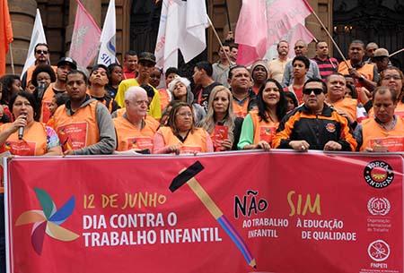 Gegen KInderarbeit-Tiago Santana-Forca Sindical