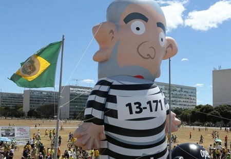 Lula Boneco Handout