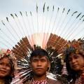 Urvölker der Mongolei, Mexikos und Brasiliens beeindrucken vollbesetztes Stadion