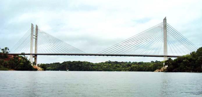 Oiapoque - O governo do Amapá espera poder inaugurar a ponte que liga a cidade de Oiapoque, no norte do estado, a St. Georges, na Guiana Francesa Divulgação Ministério das Cidades)