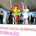 Olympische Fackel und Museum auf Rädern begeistern Brasilianer
