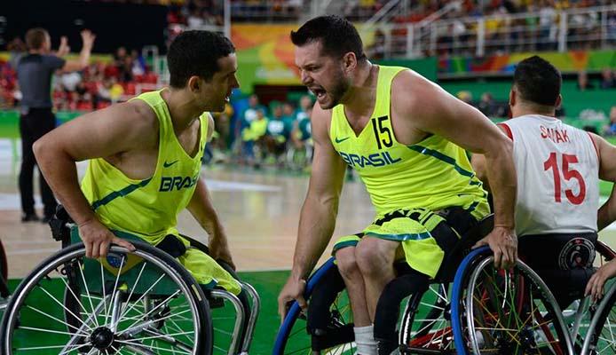 Baskettball im Rollstuhl - Foto: Fernando Frazão/Agência Brasil