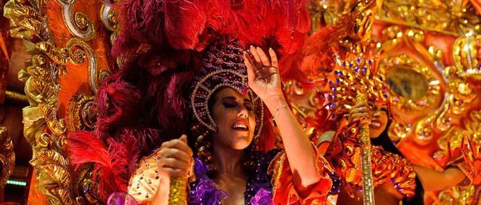 Beija-Flor de Nilópolis beim Karnaval von Rio 2016 - Foto: Tomaz Silva/Agência Brasil)