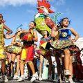 """Hunderttausende feiern beim """"Galo da Madrugada"""" Krise"""