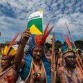 Brasilien: Regierung liefert Unkontaktierte schutzlos Holzfällern und Farmern aus