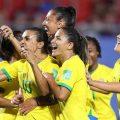 Frauenfußball-WM: Brasilianerinnen ziehen ins Achtelfinale und Marta schreibt Geschichte